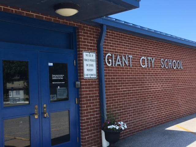 Giant City School